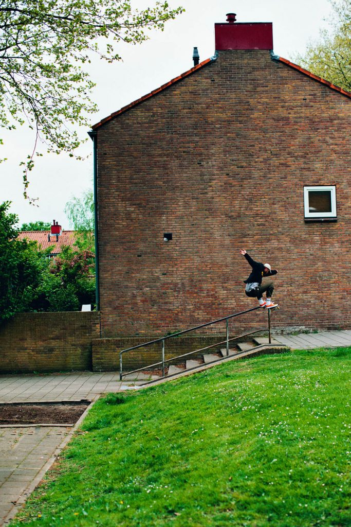 Sebastiaan, 180 nosegrind 180 out, Deventer. m
