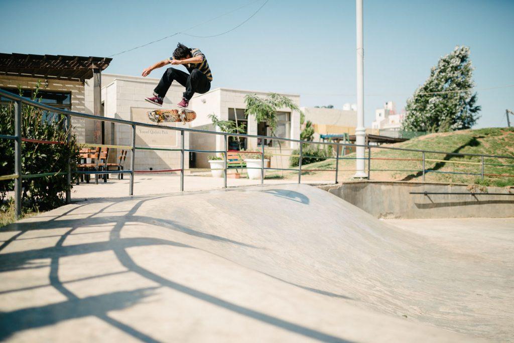 Tom Knox Heelflip, Ramallah.