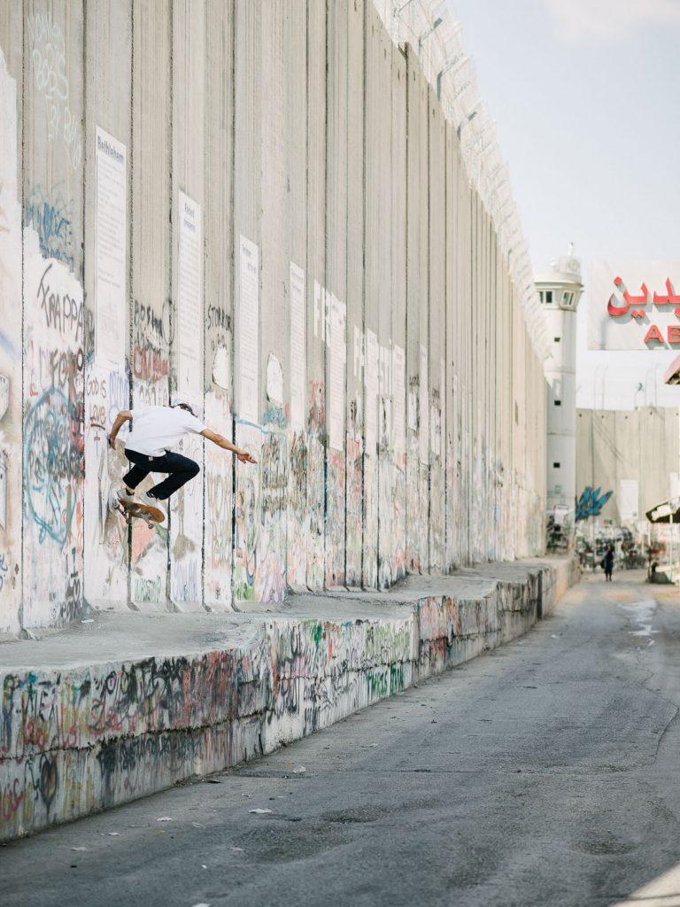 Sylvain Tognelli, wallride nollie out, Bethlehem.