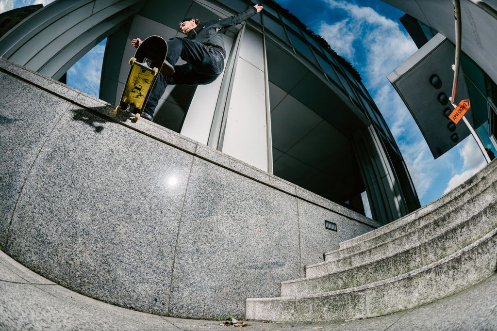Ollie out past the pillar to noseslide London Ph. Sam Ashley