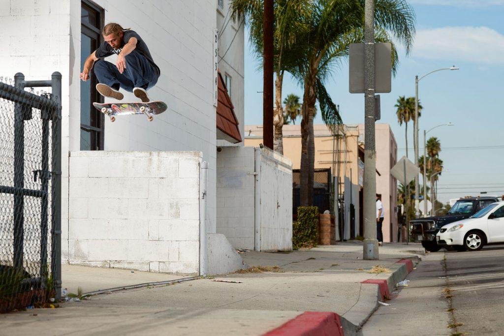 Switch frontside heel. Photo: Acosta.