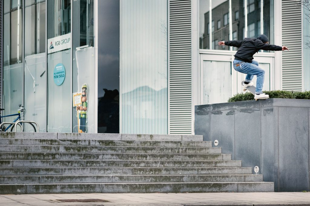 Frontside nosegrind London Ph. Alex Irvine