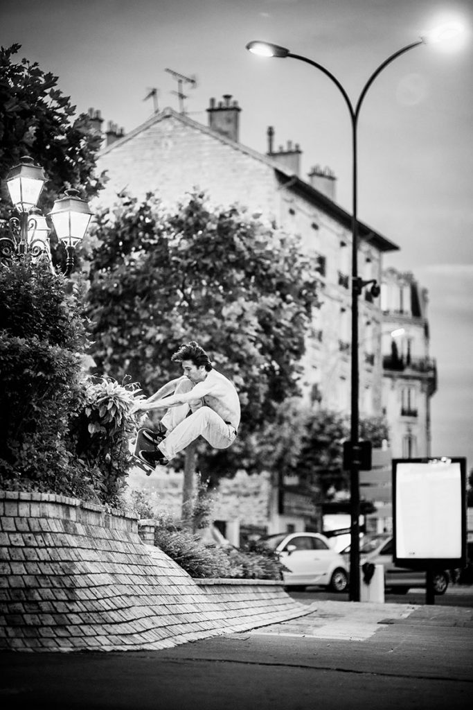 Charlie Birch, frontside ollie, Paris. Ph: Alex Pires.