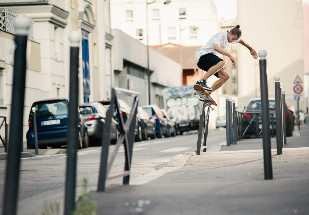 Switch backside 5-0 grind, Paris. Ph. Sem Rubio