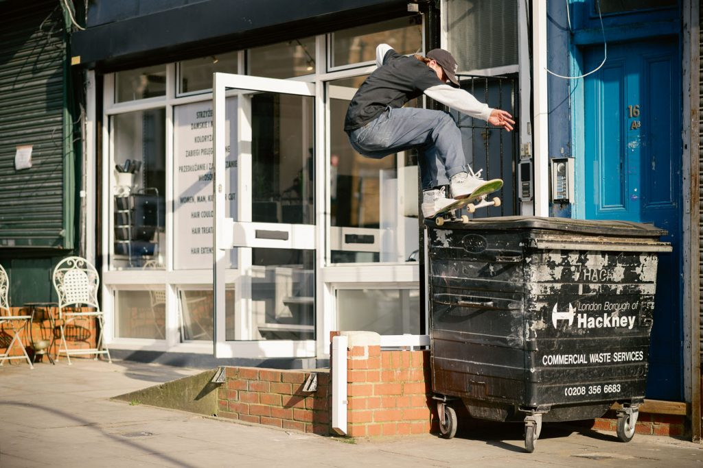 Frontside 5-0 grind London Ph. Alex Irvine