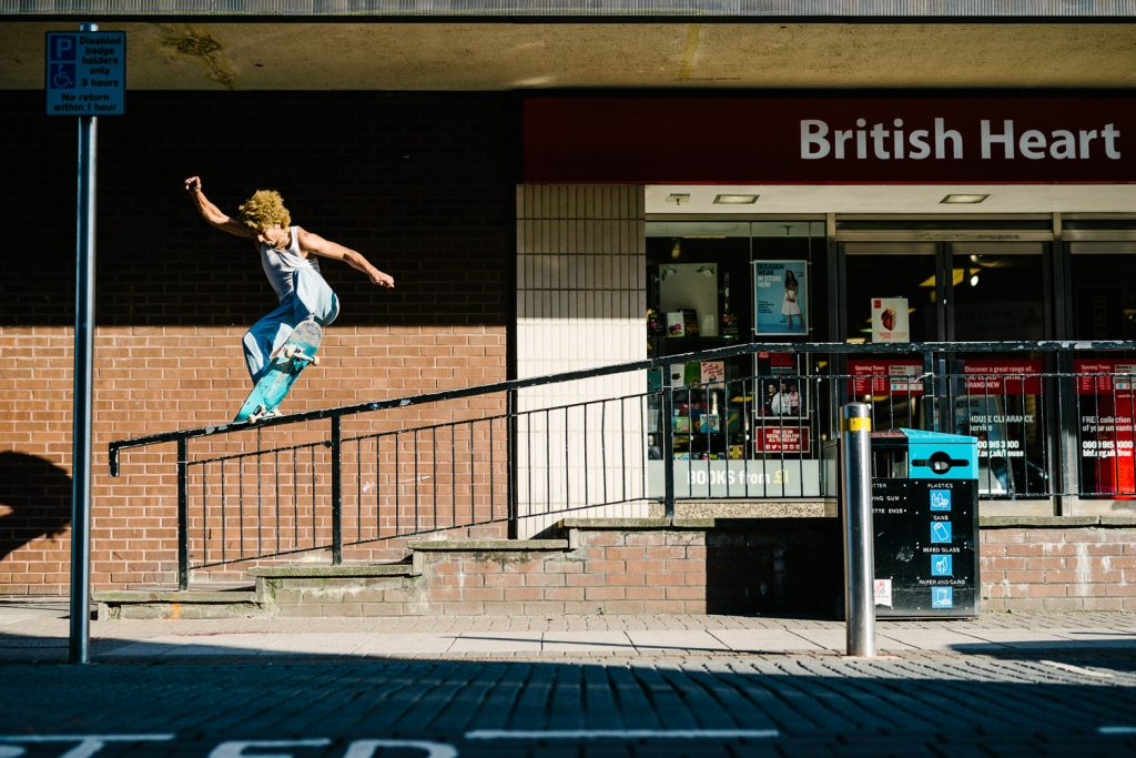 Sam Sitayeb, frontside nosegrind, Woking. Ph. Sam Ashley