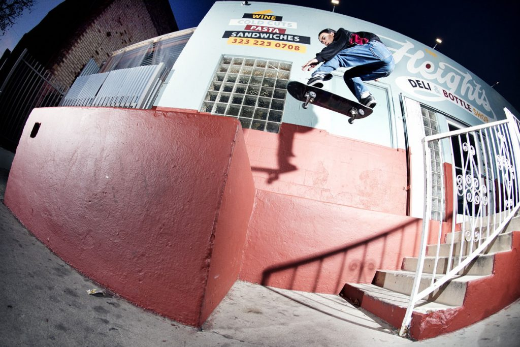 Julian Kimura, ollie, LA. Ph: Alex Pires.