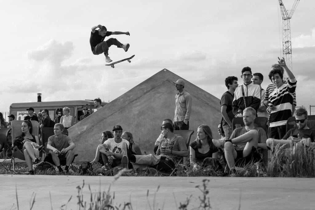 Mason Silva, kick flip