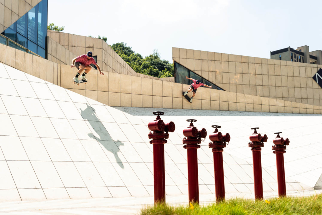 Barney Page, wallride then ollie in Xian.