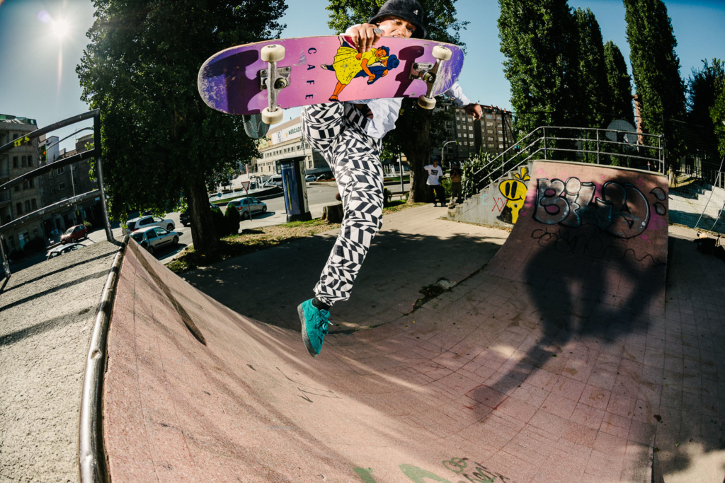 Savannah Stacey Keenan, boneless