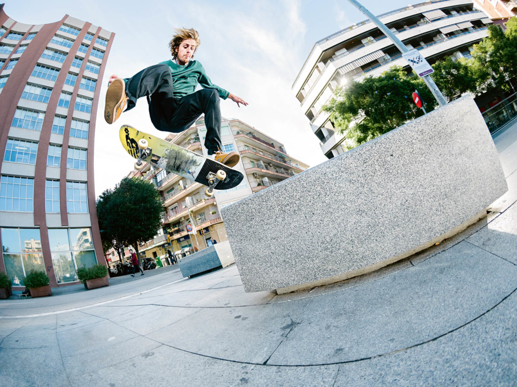 Nisse Ingemarsson, frontside kickflip to switch crooked grind, Barcelona. Ph. Gerard Riera