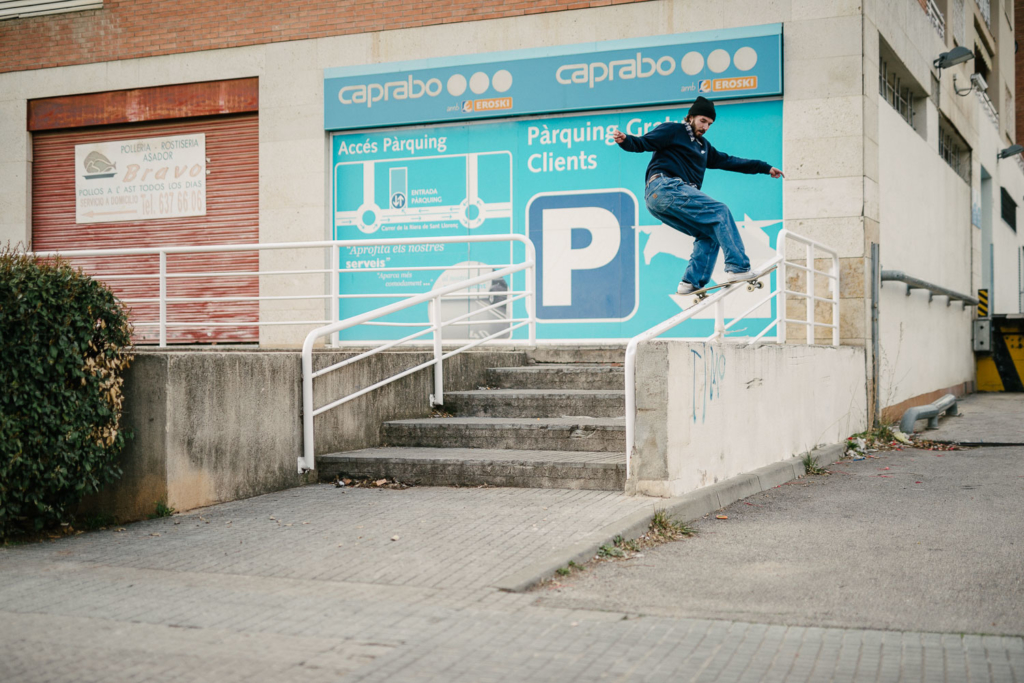 Simon Isaksson, frontside boardslide, Barcelona. Ph. Sam Ashley